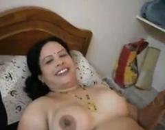 Hyderabad aunty నన్ను దెంగà°...